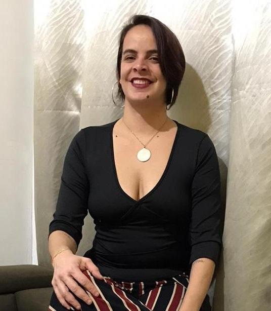 Evelyn Macedo, 40 anos, produtora de eventos que se identifica como lésbica