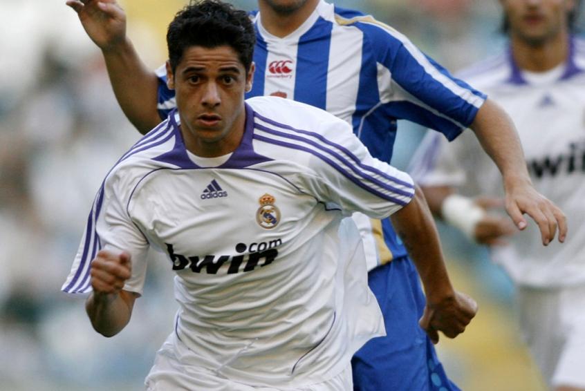Crédito: Cicinho foi revelado no Atlético-MG, foi para o São Paulo e chegou ao Real Madrid e Seleção Brasileira-(AFP