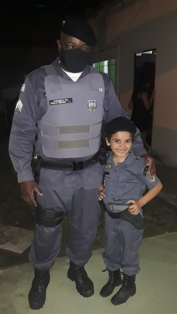 Talita ganhou festa de 8 anos com presença da Polícia Militar