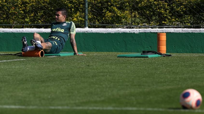 Crédito: Dudu participou de treinamento no Palmeiras enquanto não concluiu sua transferência ao Qatar (Agência Palmeiras