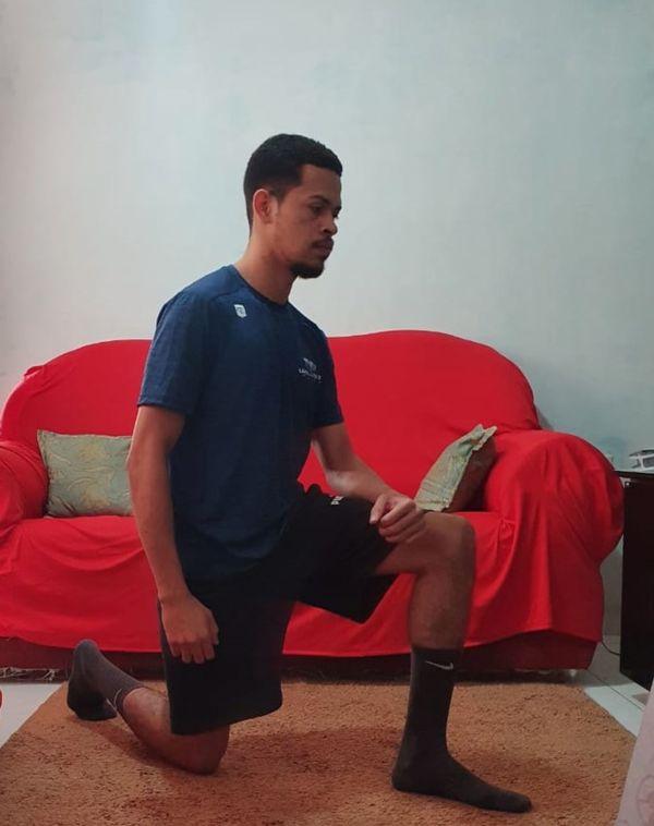 Aprenda exercícios fáceis para evitar a dor lombar durante a quarentena – A Gazeta ES