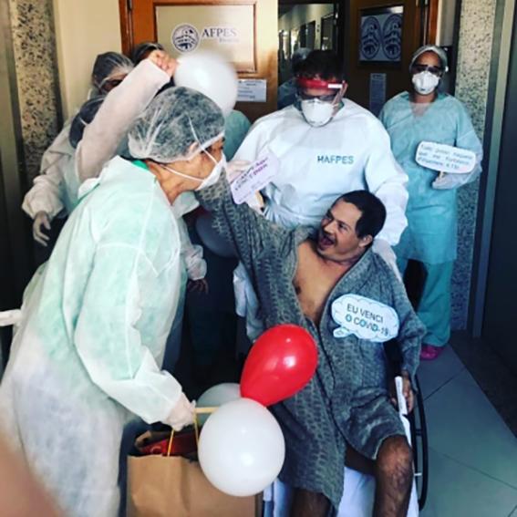 Diagnosticado com Sídrome de Down e autismo, Jeferson Silva Barboza recebeu alta da UTI no último dia 20 após ser internado com Covid-19