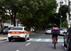Ciclista divide espaço com carros na Avenida Rio Branco, em Vitória
