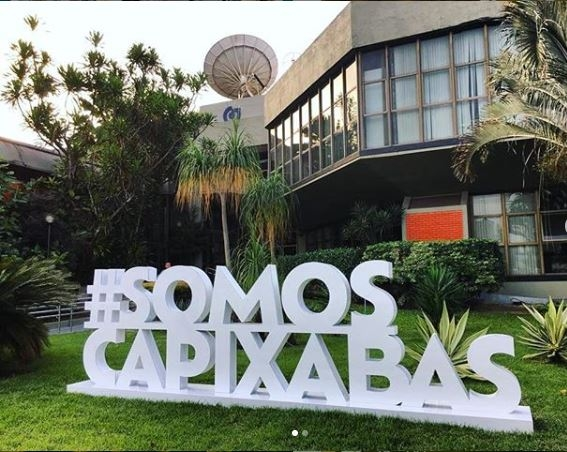 """Data: 23/04/2019 - Totem do movimento """"Somos Capixabas"""" em frente à sede da Rede Gazeta, Gazeta Lab traz inovações para o movimento #SOMOSCAPIXABAS - Editoria: Cidades - Foto: Instagram RedeGazetaEs - GZ"""
