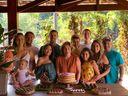 80 anos de Nilce Chieppe: Cíntia e Ailtinho com Matheus e Maitê, Angelo e Juliana, Joana, Augusto, Julia, Betinho e Maitê