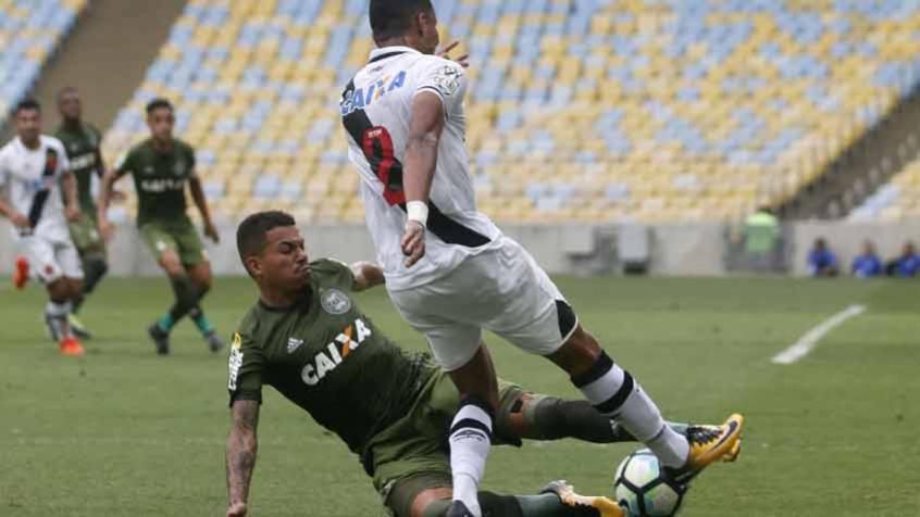 Crédito: Coritiba e Vasco vivem momentos bem diferentes no Campeonato Brasileiro (Reginaldo Pimenta / Raw Image