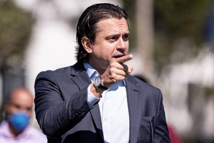 Crédito: O presidente da Raposa, Sérgio Santos Rodrigues, disse que para quitar o débito com o Al Wahda, pode até ceder jogadores do time para os árabes-(Gustavo Aleixo/Cruzeiro