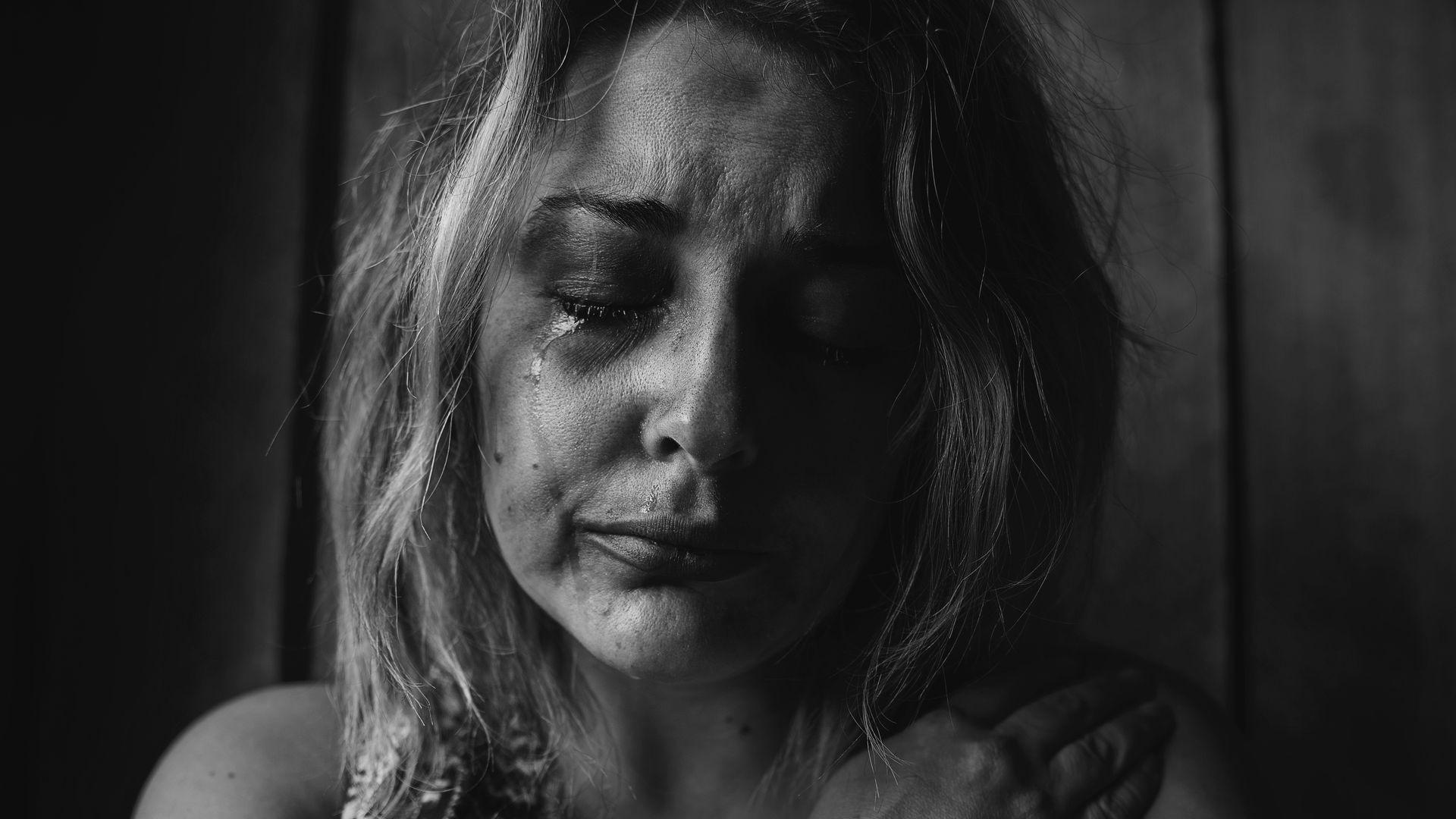 Violência contra a mulher deve ser combatida e denunciada