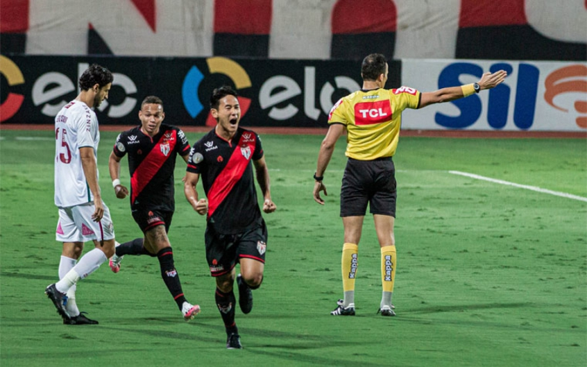 Crédito: Chico marca o primeiro gol do Tricolor das Laranjeiras (Heber Gomes/Atlético GO