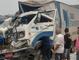 Acidente entre ônibus e caminhão na Rodovia do Contorno