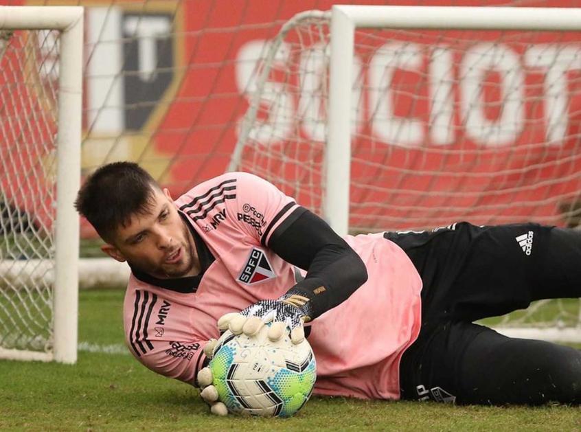 Crédito: Goleiro do São Paulo não foi vazado, mas também não saiu satisfeito com a atuação do Tricolor (Rubens Chiri/saopaulofc.net