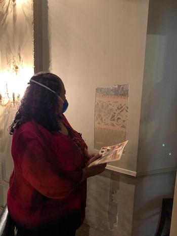 Grande parte das pinturas encontradas nas prospecções do Theatro Carlos Gomes era feita com uma técnica chamada de estêncil