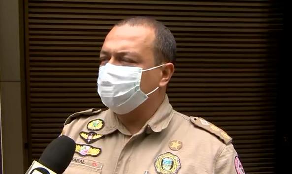 Morte de criança em incêndio comoveu até o tenente-coronel Roger Amaral, do Corpo de Bombeiros