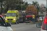 Acidente entre moto e carreta deixa feridos na BR 101 na Serra