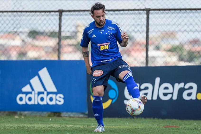 Crédito: Piccolomo está oficialmente registrado como jogador do Cruzeiro-(Gustavo Aleixo/Cruzeiro