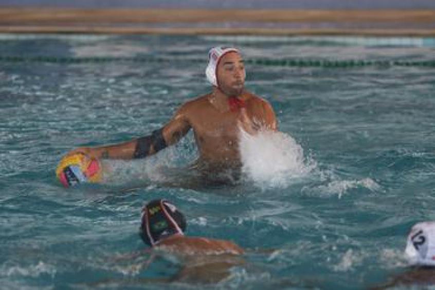 Crédito: Rudá, do Sesi, em ação no Brasil Open de polo aquático (Caio Souza | On Board Sports