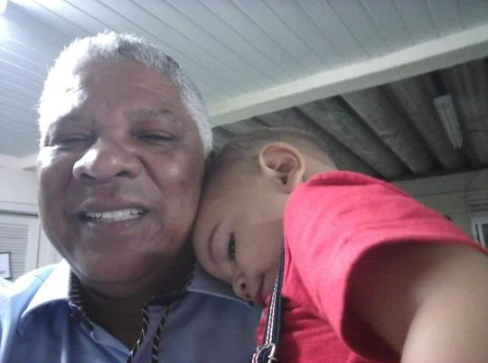 Eric com o neto Davi Vieira Rangel, de 5 anos