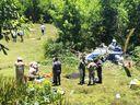 Helicóptero caiu em área particular em Vila Velha