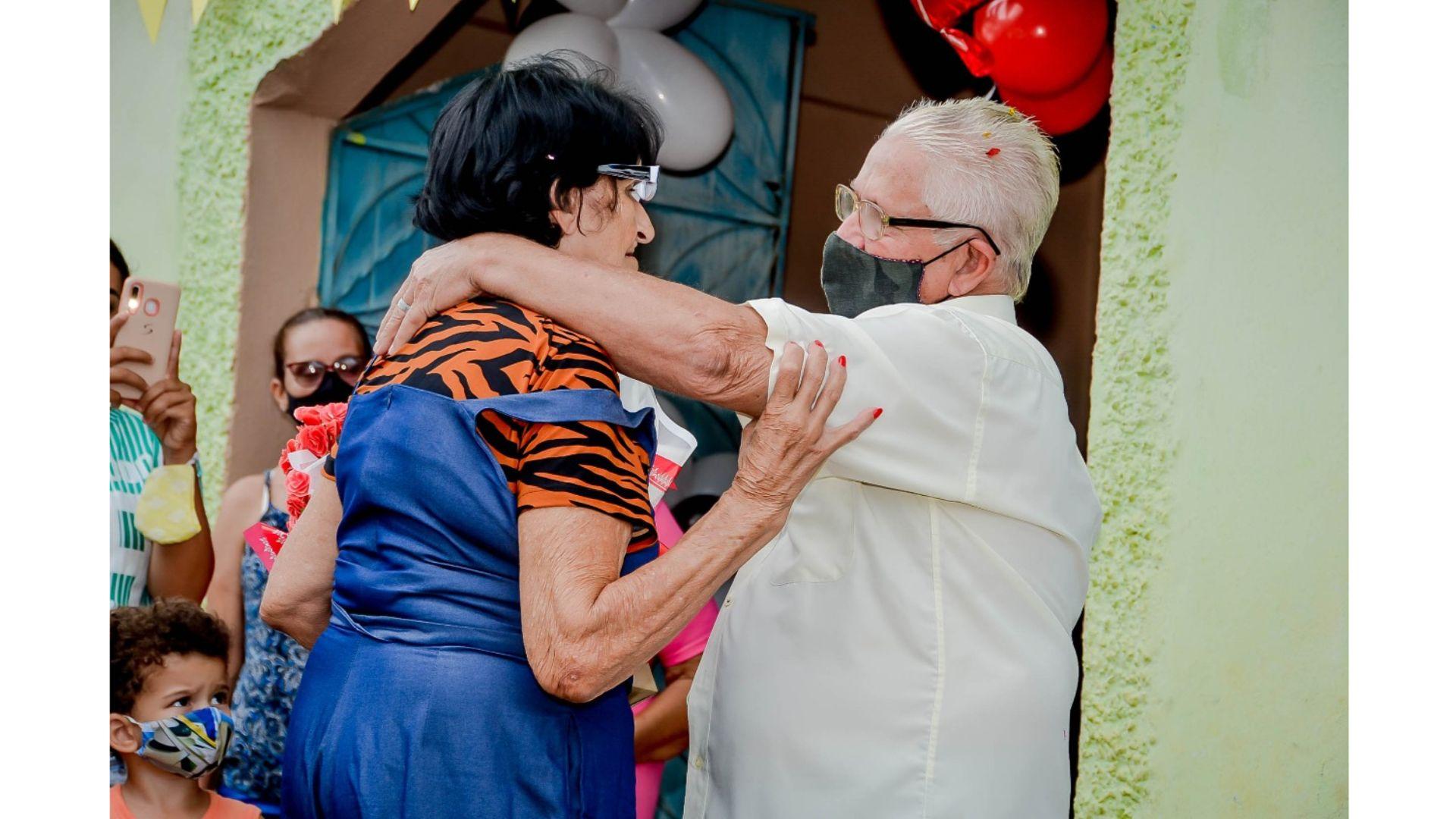 Após quase 60 anos, irmãos se reencontram no ES
