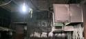 Uma casa pegou fogo no bairro Ipanema, em Viana. No momento da ocorrência duas pessoas estavam na residência. Elas não se feriram, mas o incêndio destrui tudo na casa.