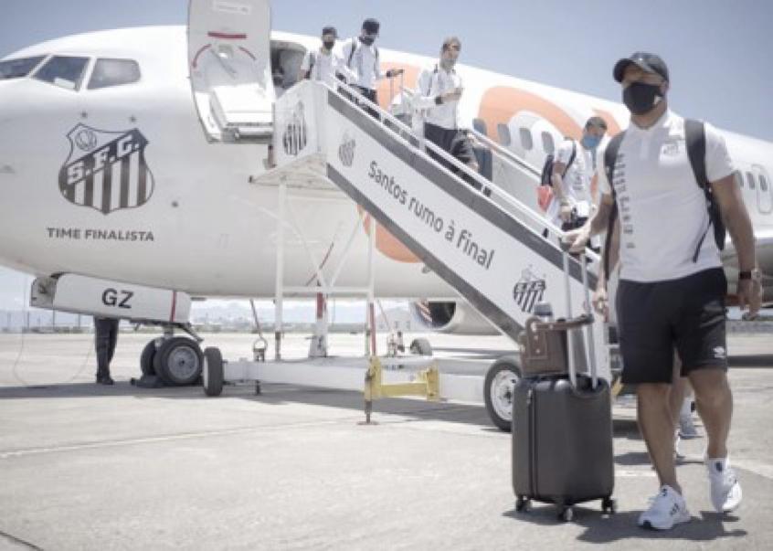 Crédito: Santos já está no Rio de Janeiro para a final da Libertadores (Crédito: Divulgação/SantosFC