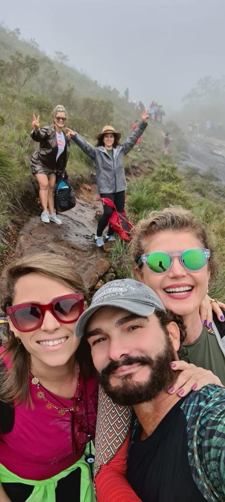 Sany Delana, Mariana Sandri, Renata Gomes, André Poubel e Fabiana Croce