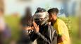 Imagem mostra os dois criminosos que ameaçaram profissionais da imprensa, incluindo a equipe da TV Gazeta, no bairro Planalto Serrano, na Serra, nesta terça-feira (2)