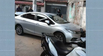 Uma médica de 35 anos foi assaltada no bairro Santa Lúcia, em Vitória, na tarde desta quinta-feira (04). Ela estava com um bebê de oito meses quando foi rendida por dois bandidos. Eles levaram o carro dela e cometeram um outro assalto antes de bater com o veículo.