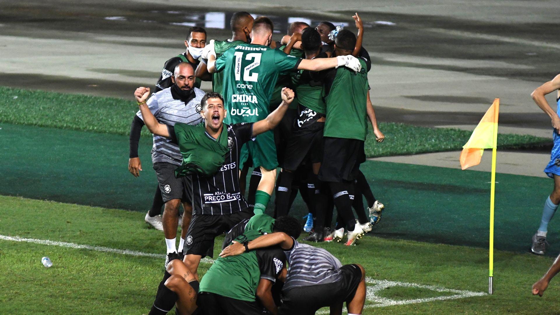 Rio Branco vence o Sampaio Corrêa por 2x1 e avança à 2ª fase da Copa do Brasil. Partida aconteceu no Estádio Kleber Andrade, em Cariacica
