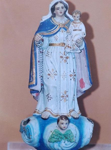 Imagem de Santa Bárbara, vinda de Portugal, pertencente ao acervo religioso do Convento da Penha