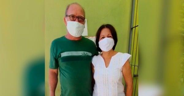 Casal comemora 35 anos de casados com vacina contra a Covid no ES