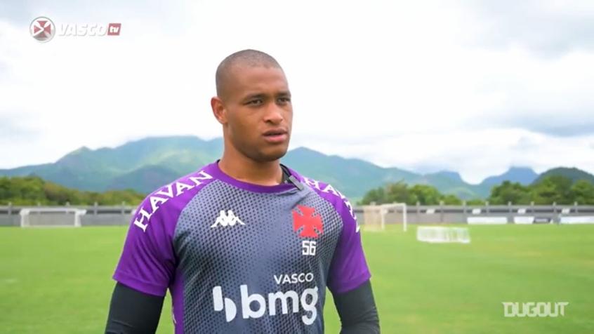 Crédito: Lucão fez boas defesas na vitória do Vasco por 3 a 1 sobre o Flamengo no Maracanã (Reprodução