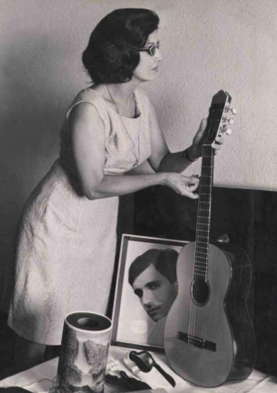 Laura Moreira Braga, mãe de Roberto Carlos