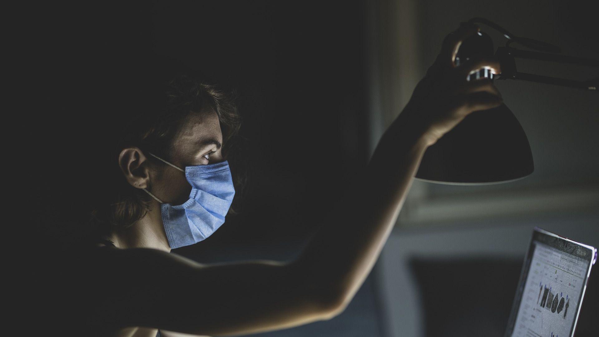 Com pandemia, mulher perde espaço no mercado de trabalho