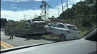 Acidente com quatro veículos fecha trecho da BR 101 no ES