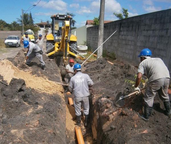 Obra de saneamento no ES: oportunidades serão criadas com coleta e tratamento de esgoto. Crédito: Cesan/Divulgação