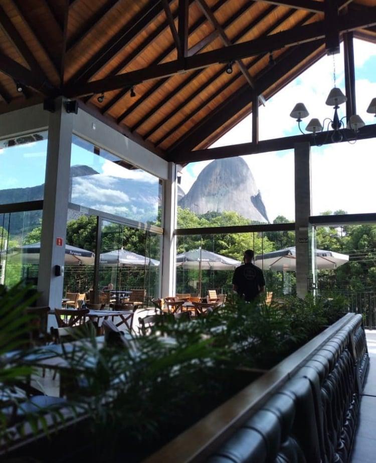 أجواء مطعم Aromen ، في Pedra Azul