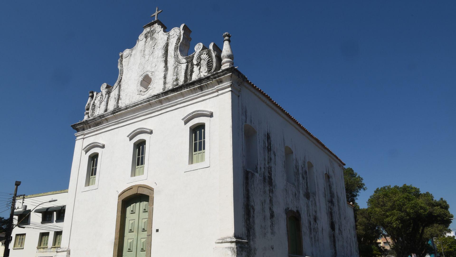 A Igreja Nossa Senhora do Rosário na Prainha, em Vila Velha.