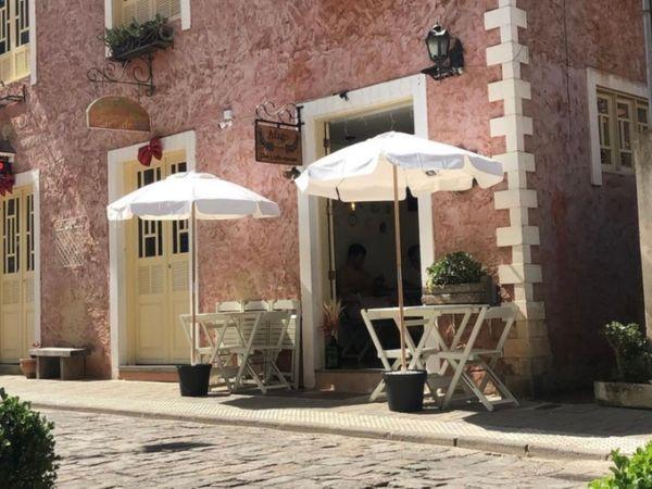 Facciata del tè Avago e caffè privato, a Santa Teresa