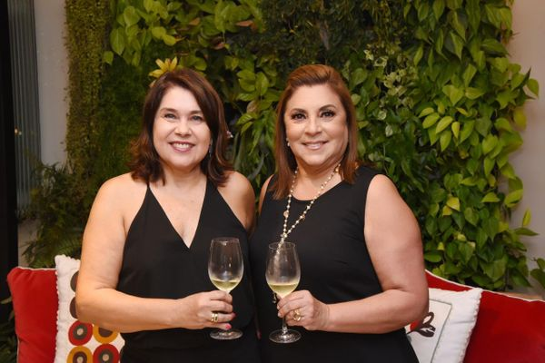Rita Rossio Tristao e Helian Duarte