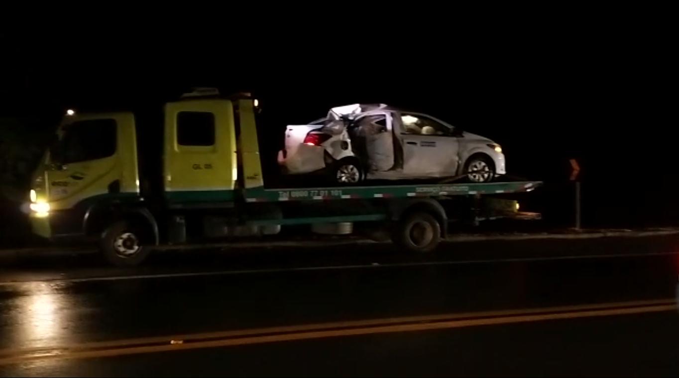 Motociclista morre após colidir com carro na BR 101 em Linhares. Crédito: Caio Dias
