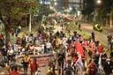 Manifestantes se reúnem em ato contra o presidente Jair Bolsonaro em Vitória