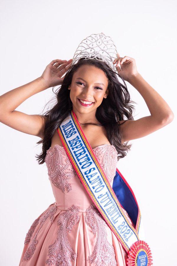 A Miss Espírito Santo Juvenil 2021, Isabela Oliveira, de 13 anos