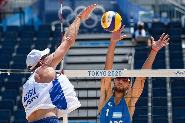 Alison e Álvaro Filho vencem na estreia das Olimpíadas de Tóquio i3zbu6h3