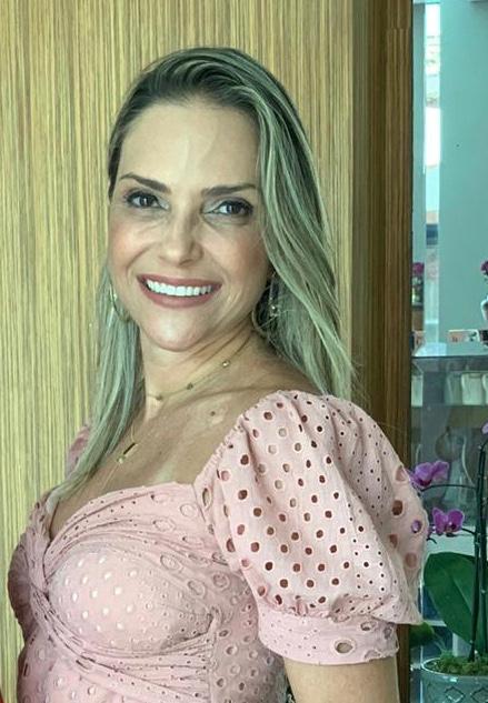 professora do curso de Odontologia da Universidade Federal do Espírito Santo (Ufes) Karla Correa Barcelos Xavier
