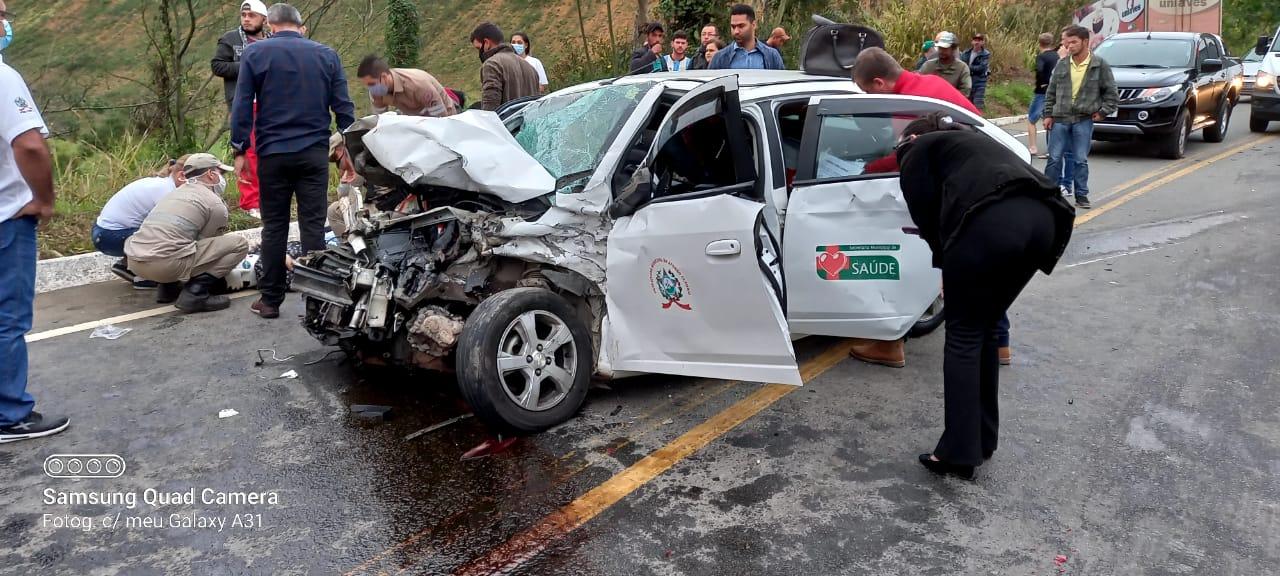 Acidente com veículo da Prefeitura de Afonso Cláudio. Crédito: Leitor | A Gazeta