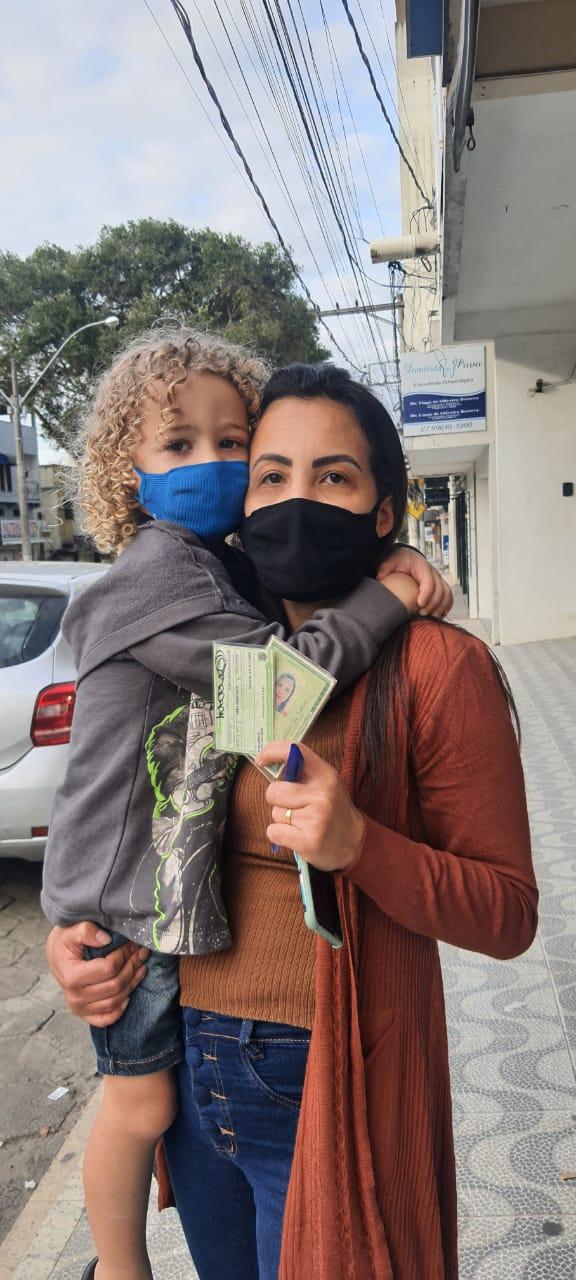 Analia de Souza, vendedora participou de eleições para escolher novo prefeito de Boa Esperança