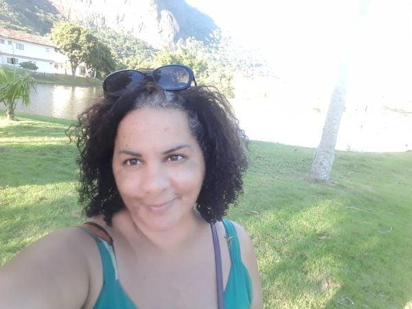 A costureira e membra da diretoria do projeto Vira Lata Vira Luxo dá dicas de como ter sucesso na busca de um pet perdido