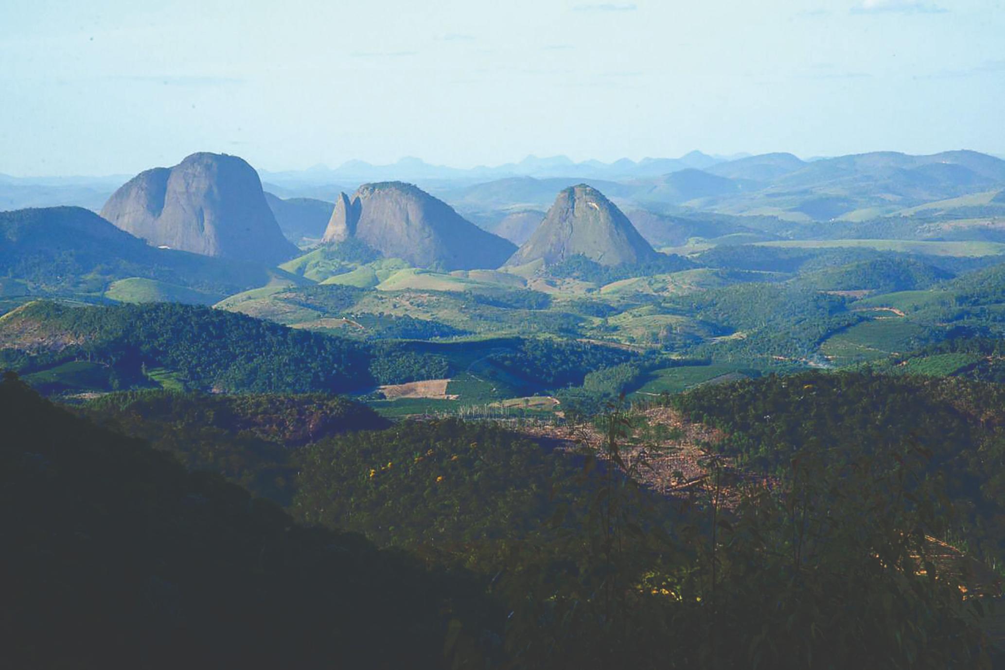 Natureza exuberante vista de São Pedro Frio, em Colatina. Região terá rota turística. Crédito: Edson Negrelli