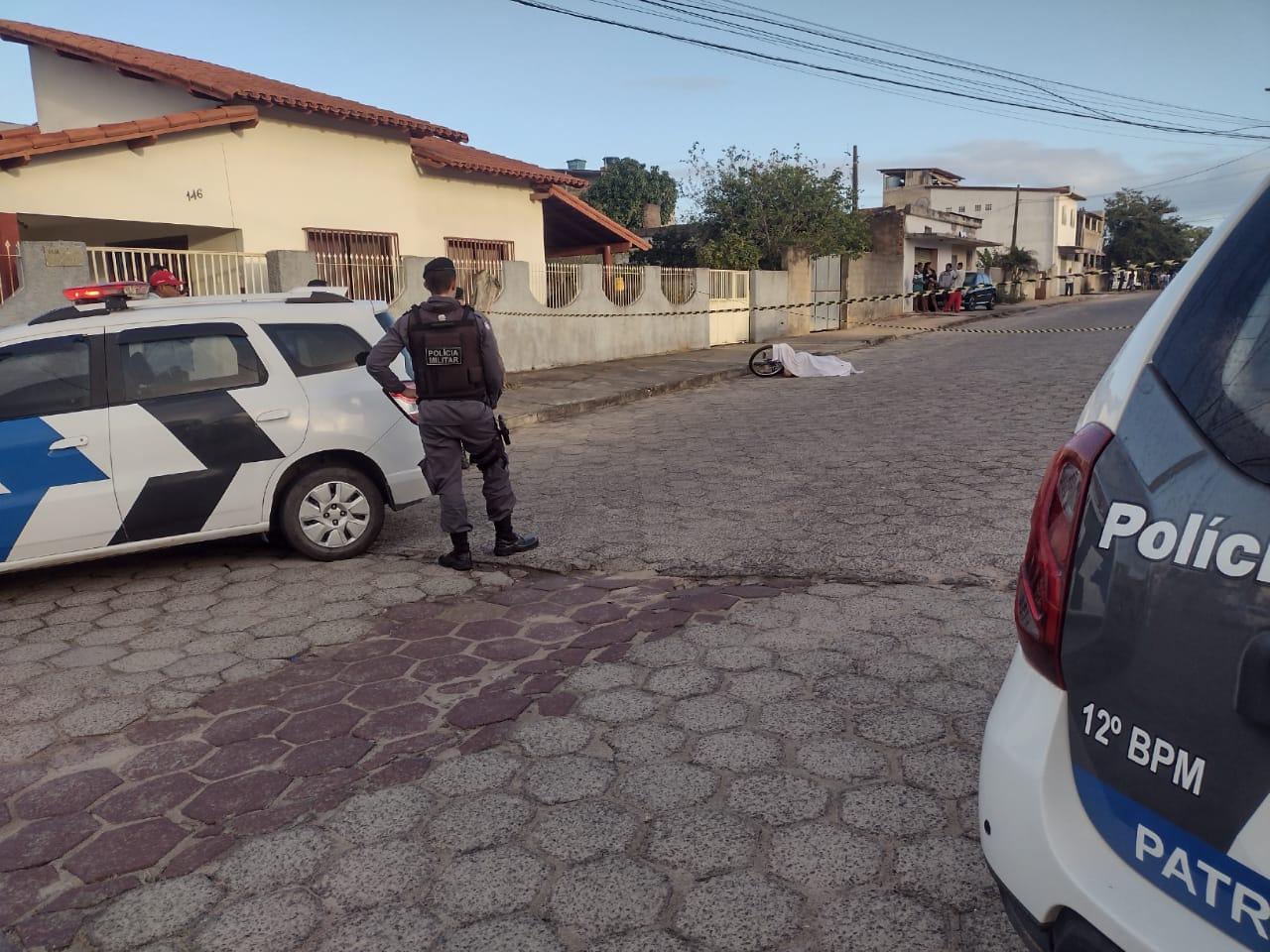 Homem de 30 anos é assassinado em sexto homicídio da semana em Linhares. Crédito: Reprodução